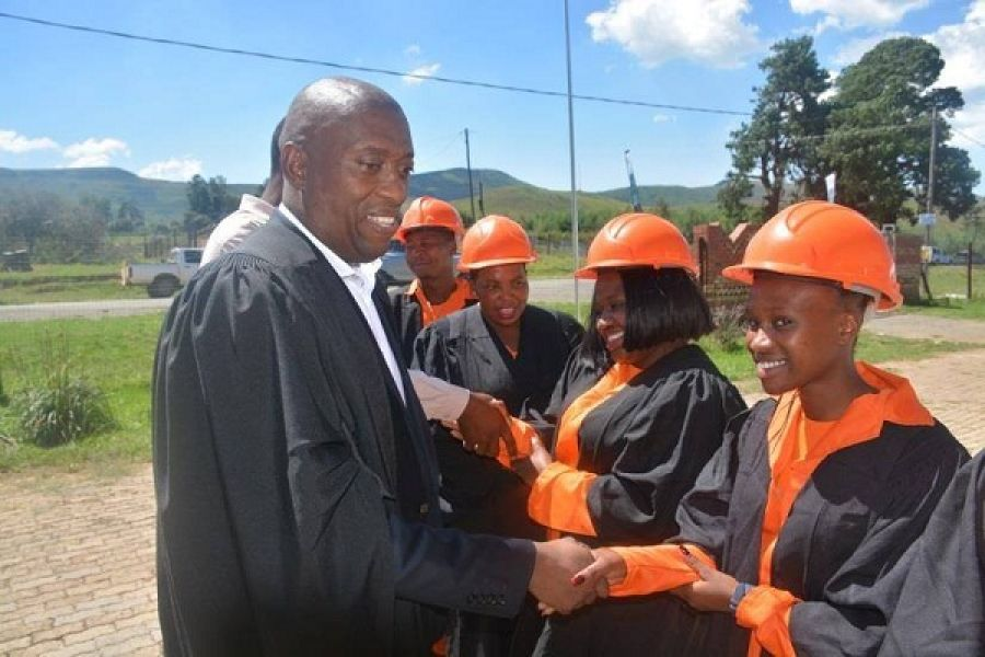The Department of Human Settlements Expanded Public Works Programme (EPWP)