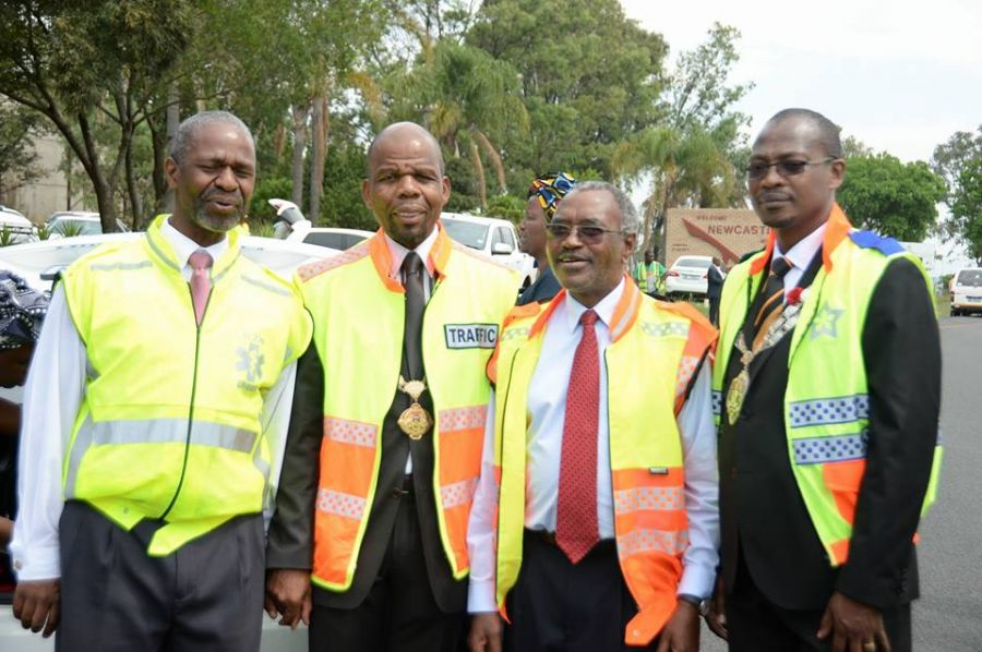 KZN Premier Willies Mchunu participates in a Roadblock inspecting
